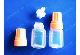 【好鄰居】點眼瓶 5 ml/高 4.7 cm/個 量大另有優惠 塑膠瓶 小瓶子 塑料罐 眼藥水罐  小罐子 塑膠擠瓶 小型分裝罐 分裝罐 顏料醬料藥水 液體分裝瓶 少量分裝 完全密封 瓶身易擠壓